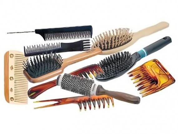 Как правильно и бережно расчесывать волосы