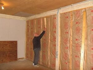 Как правильно утеплять стены ?