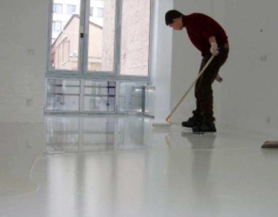 How to make a self-leveling floor