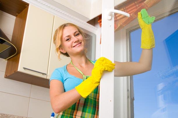 Как правильно помыть окно?
