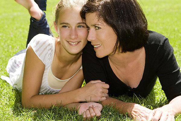 Как правильно воспитать девочку-подростка ?