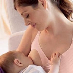 Как правильно выбрать белье кормящей маме?