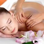 Как правильно делать массаж спины в домашних условиях?