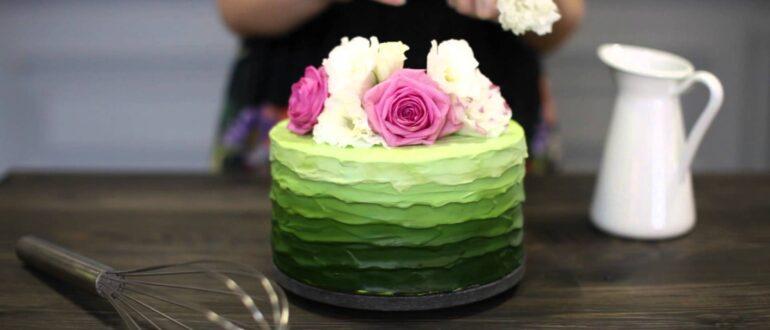 Как правильно украсить торт